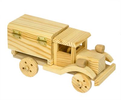 Машина из дерева фото своими руками